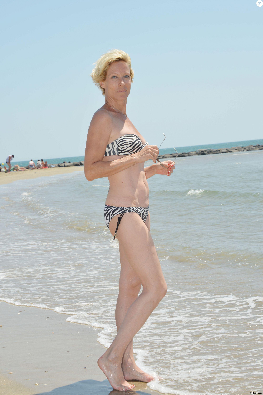 Rebecca Hampton Nude Photos 60