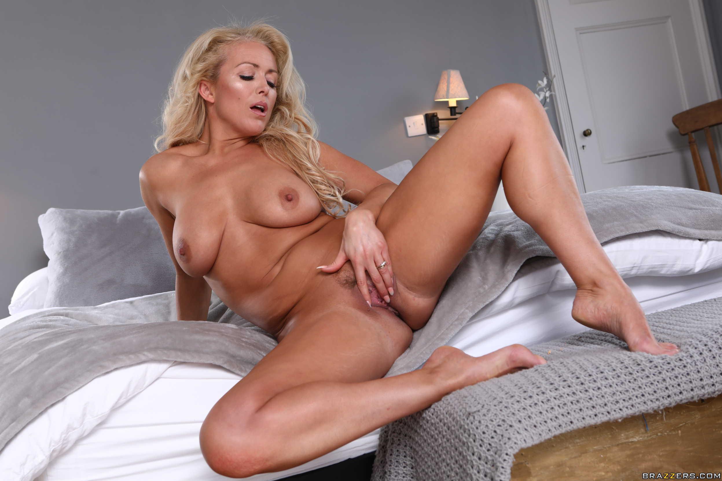 Shawnee Smith Nude Fakes