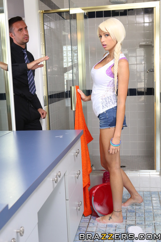 rikki six chores for a whore