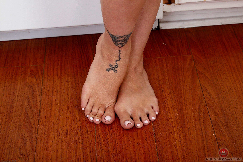 Leg cumshot collection