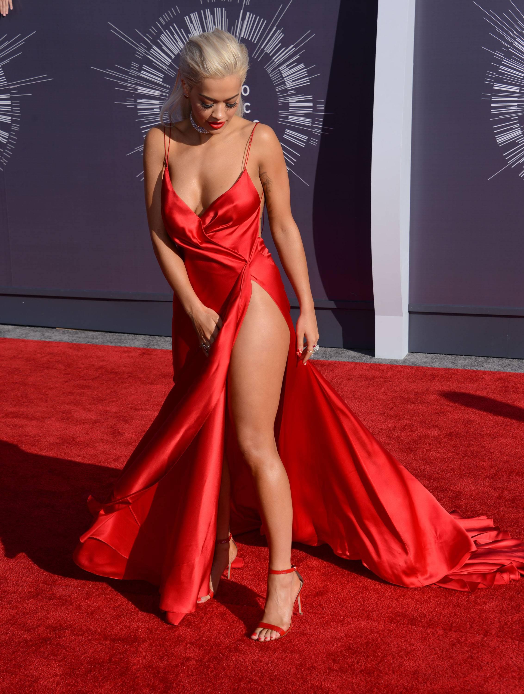 Rita Ora Fashion Shoot Photos: Rita Ora's Feet