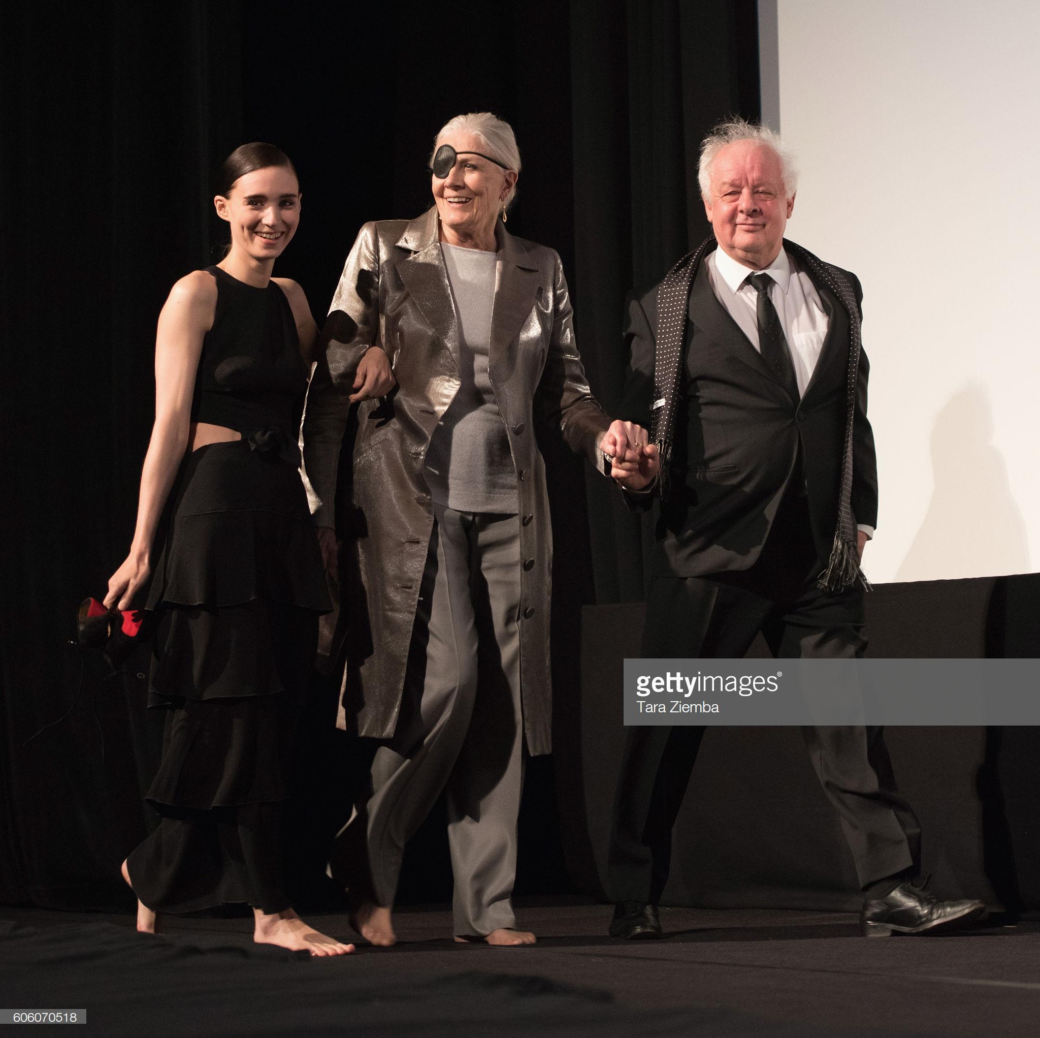 https://pics.wikifeet.com/Rooney-Mara-Feet-4223506.jpg