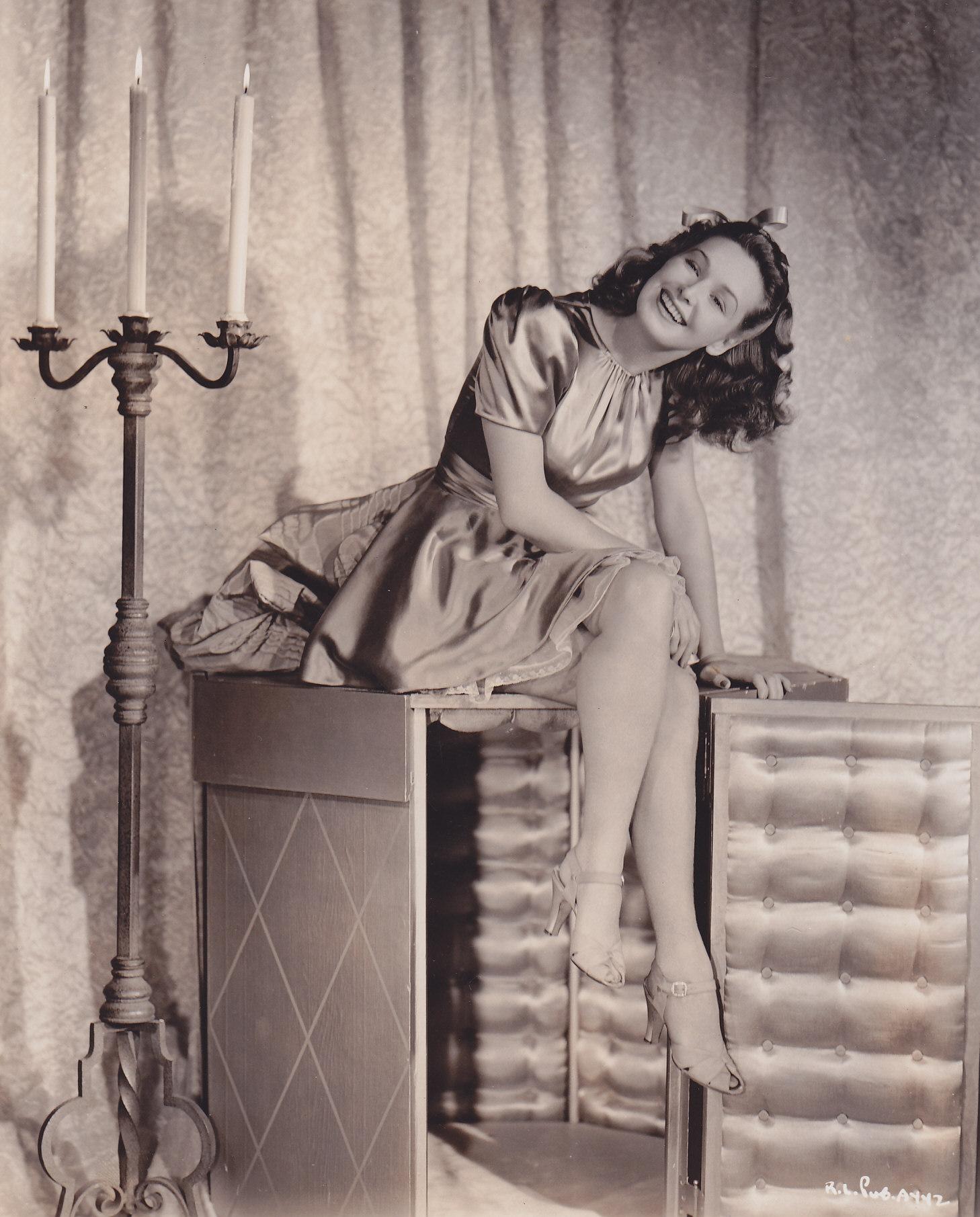 Ian Richardson (1934?007),Danielle Lloyd XXX fotos Navya Nair,Leigh Christian