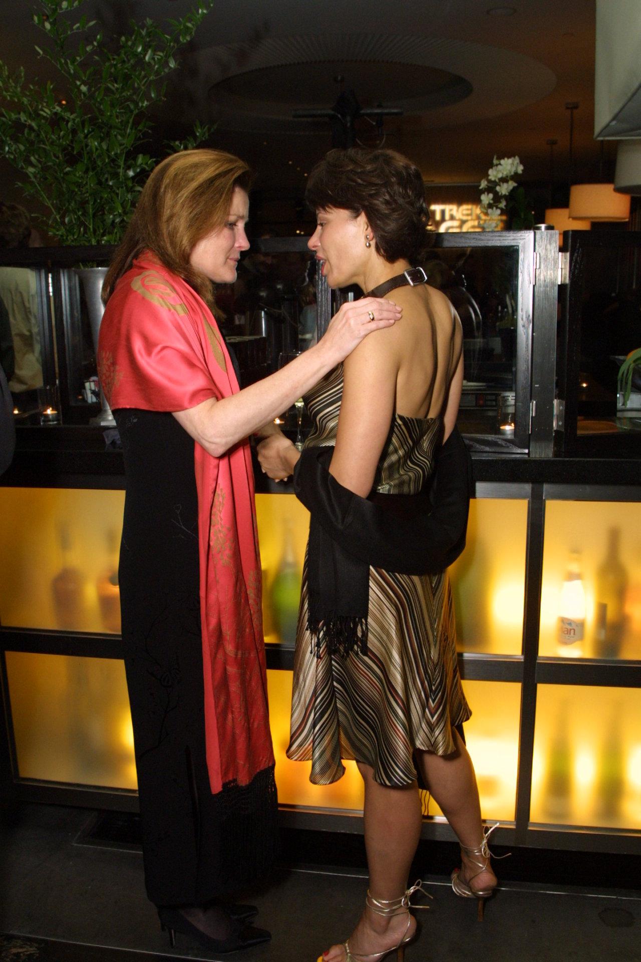 Nina Arsenault,Marianne Shine XXX pic May Tager ISR,Isabella Calthorpe