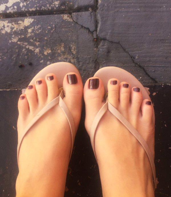 mischa brooks feet