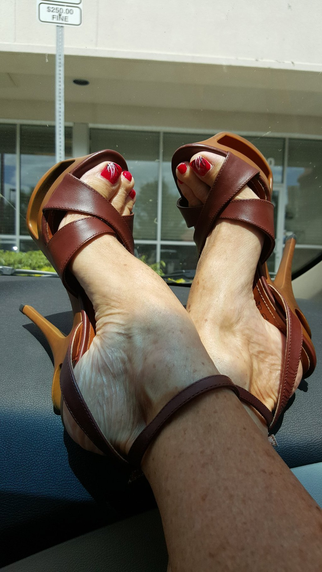 Sally d angelo feet