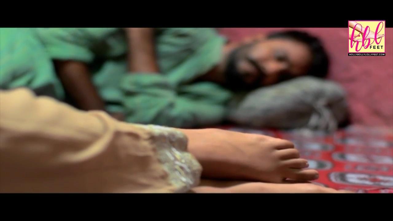 Sanam Chaudhry's Feet << wikiFeet