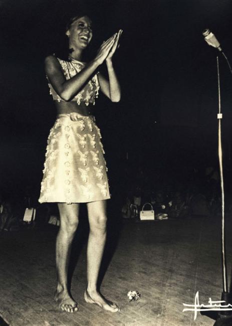 https://pics.wikifeet.com/Sandie-Shaw-Feet-143412.jpg