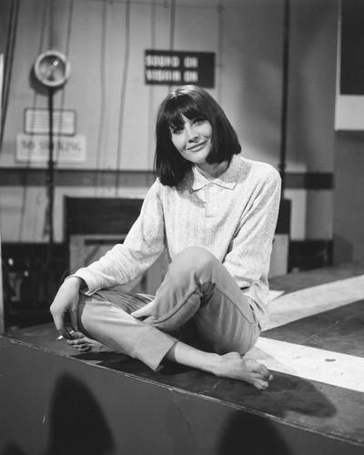 https://pics.wikifeet.com/Sandie-Shaw-Feet-789115.jpg
