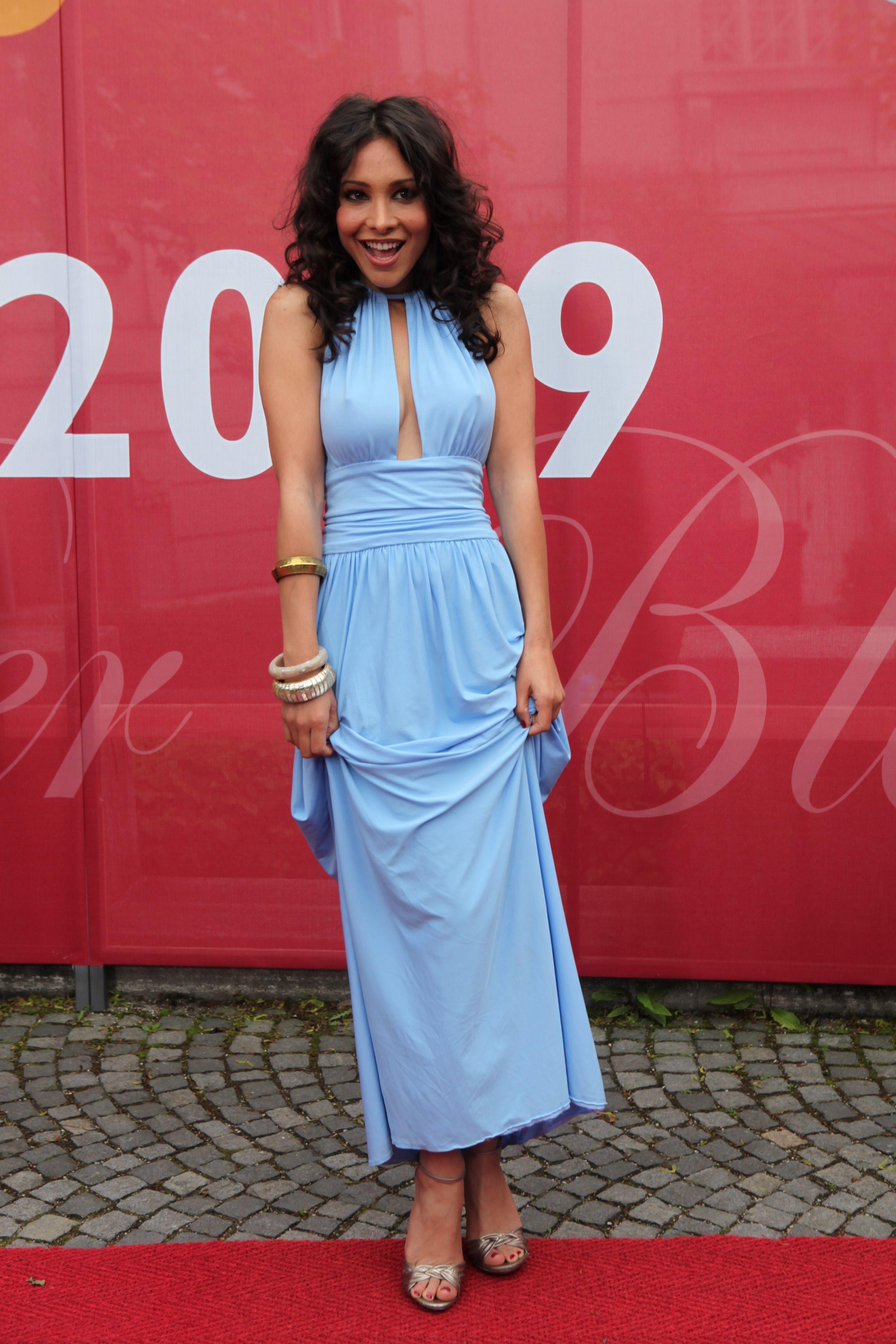 - Sandra-Ahrabian-Feet-652618