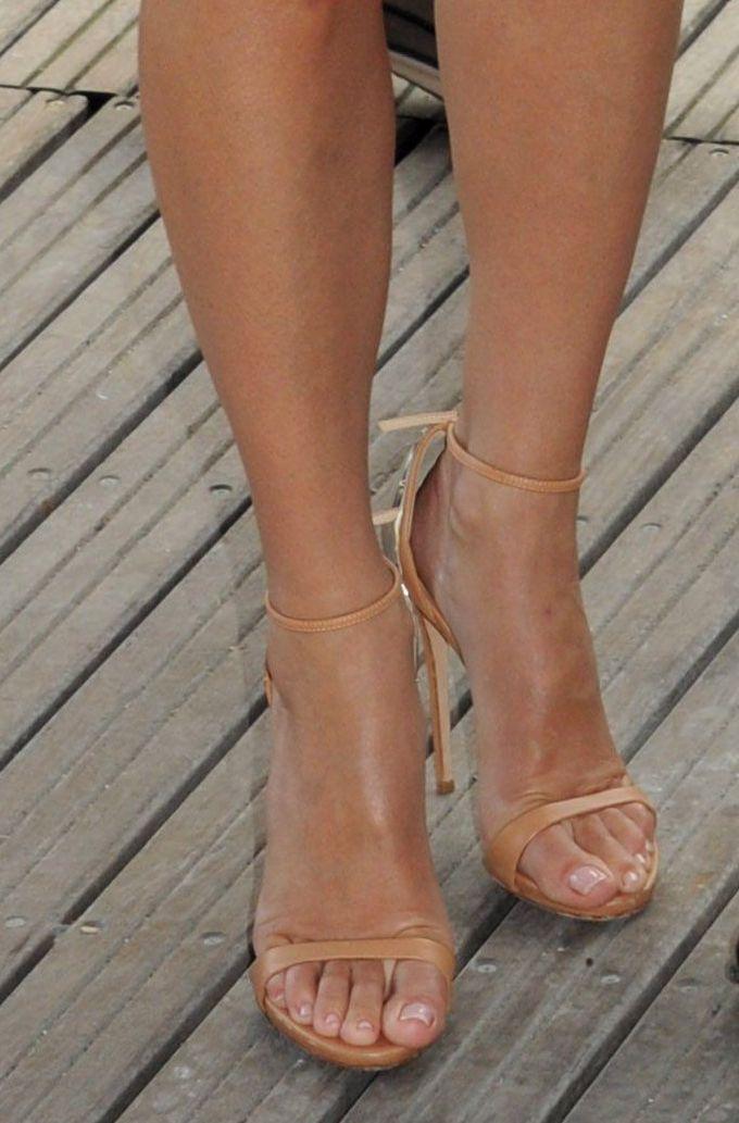 Sandra Bullock Sexy Toes