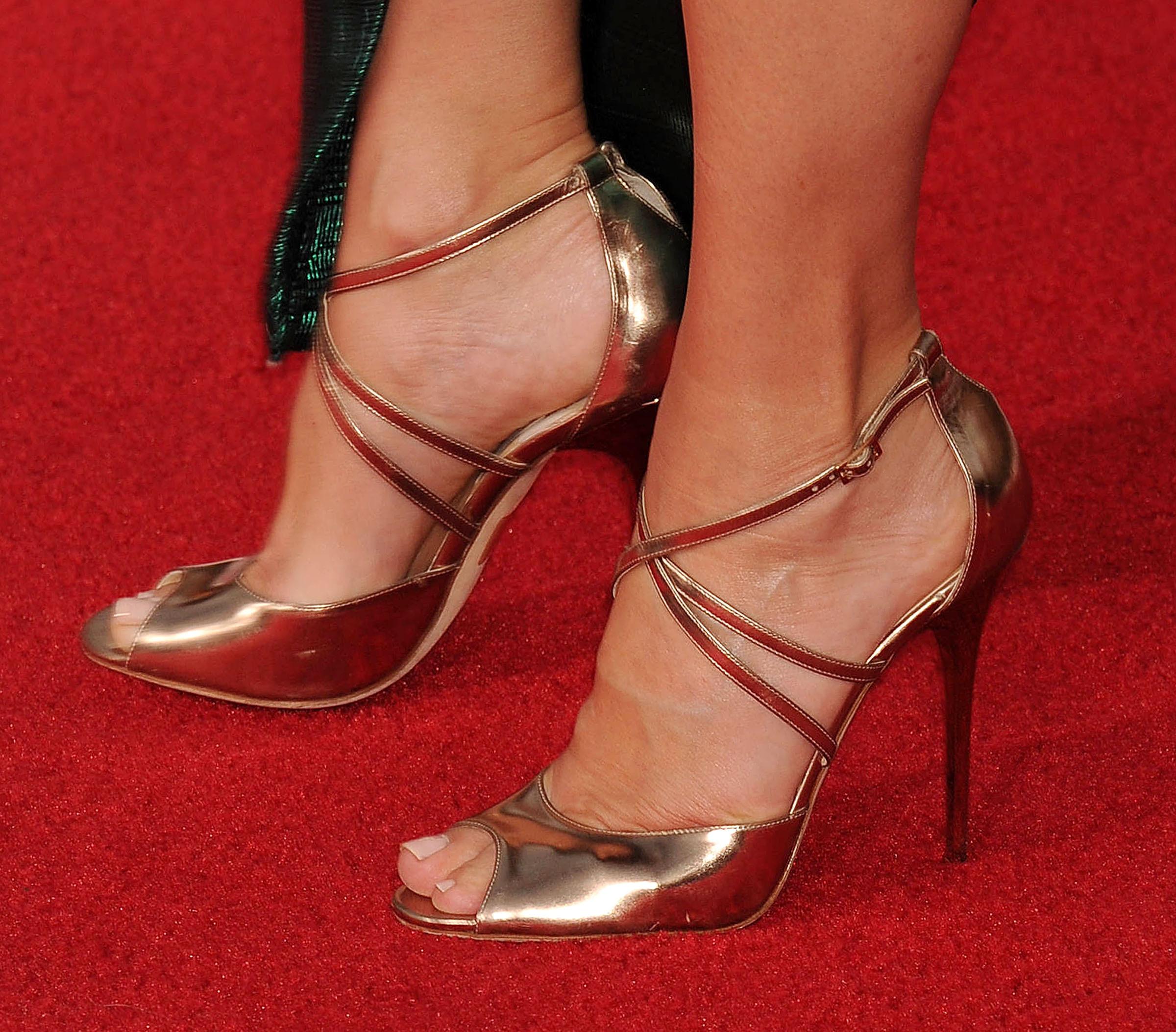 sandra bullock naked feet