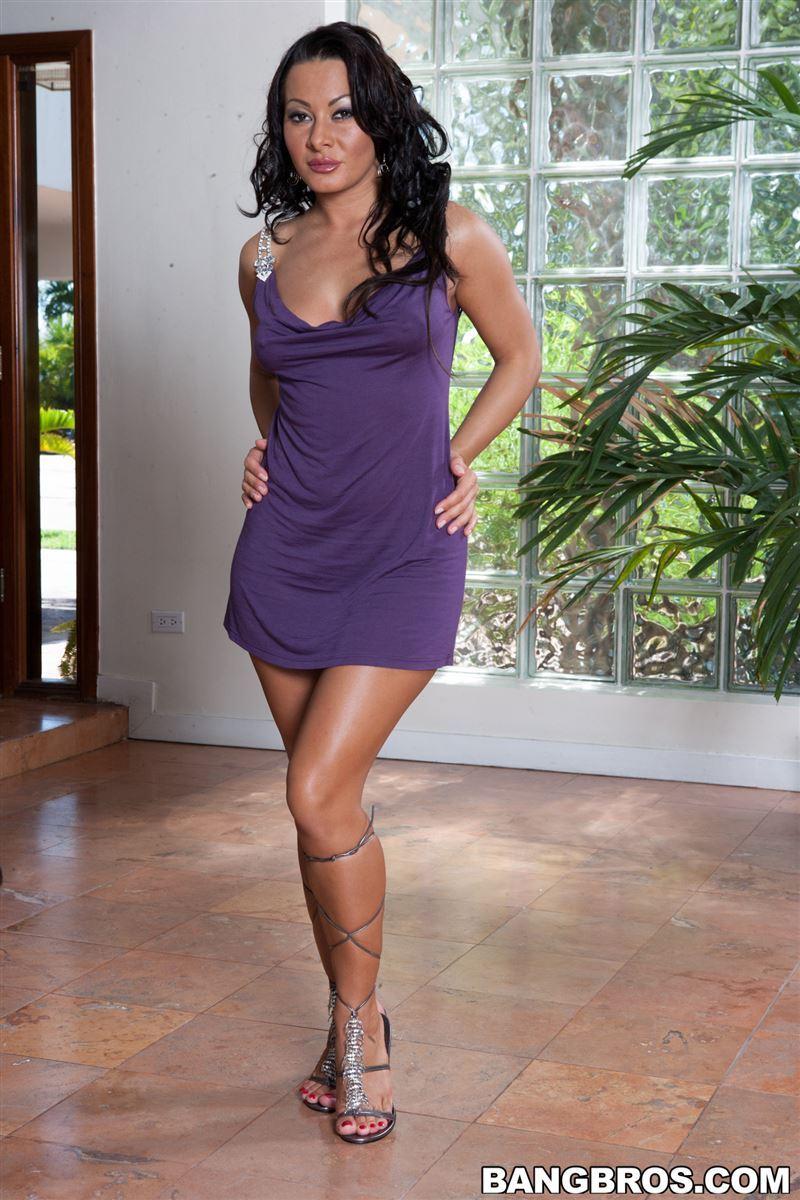 Nasty Latina MILF Sandra Romain sucks balls and cock before taking anal  183462