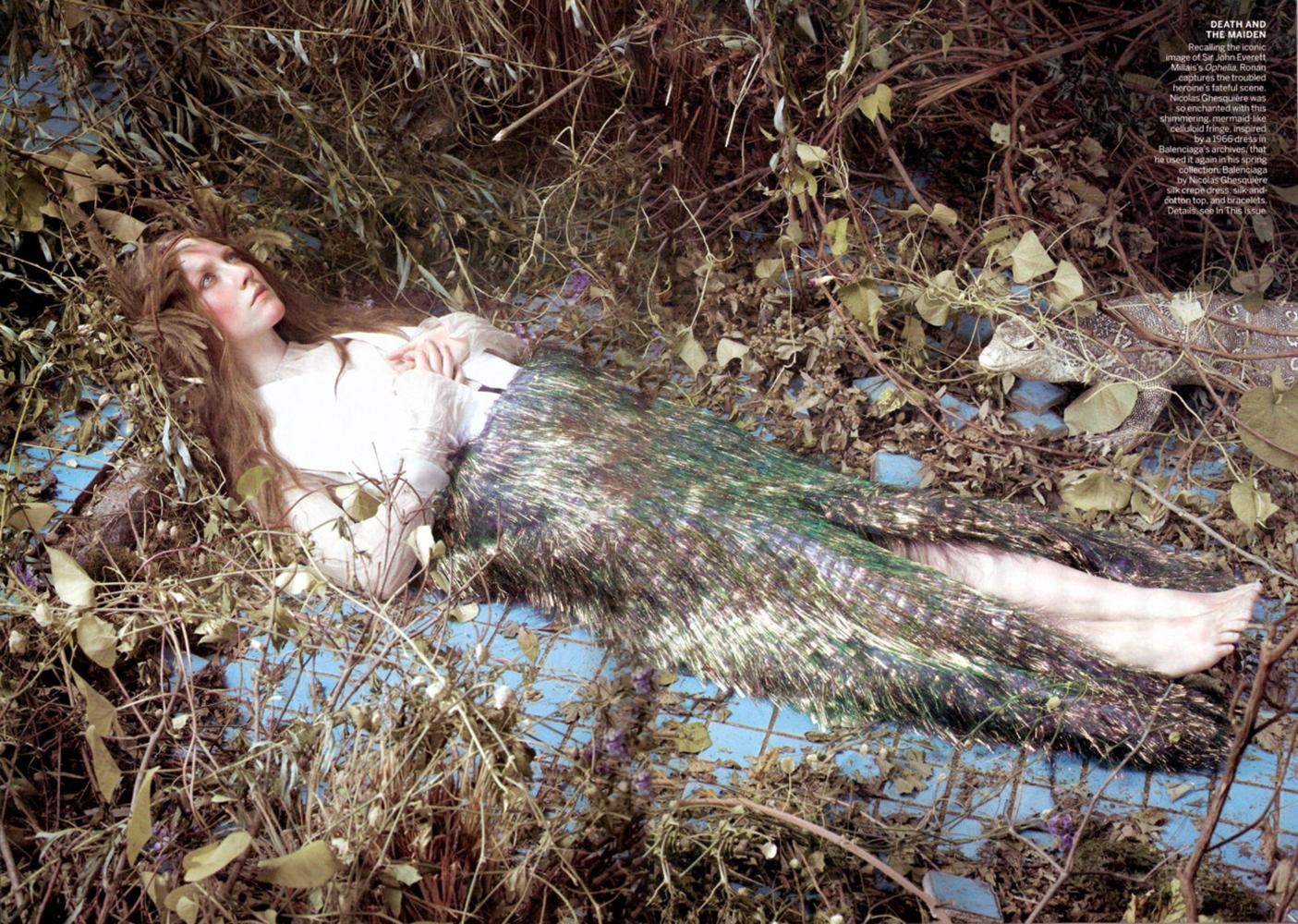 https://pics.wikifeet.com/Saoirse-Ronan-Feet-1560509.jpg