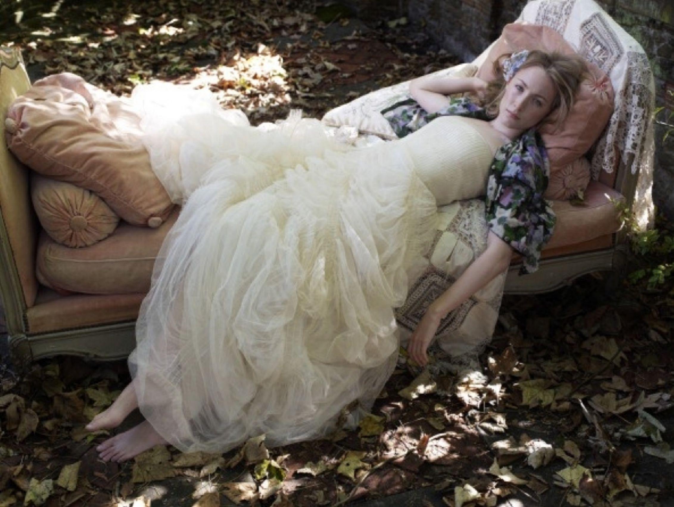https://pics.wikifeet.com/Saoirse-Ronan-Feet-545135.jpg