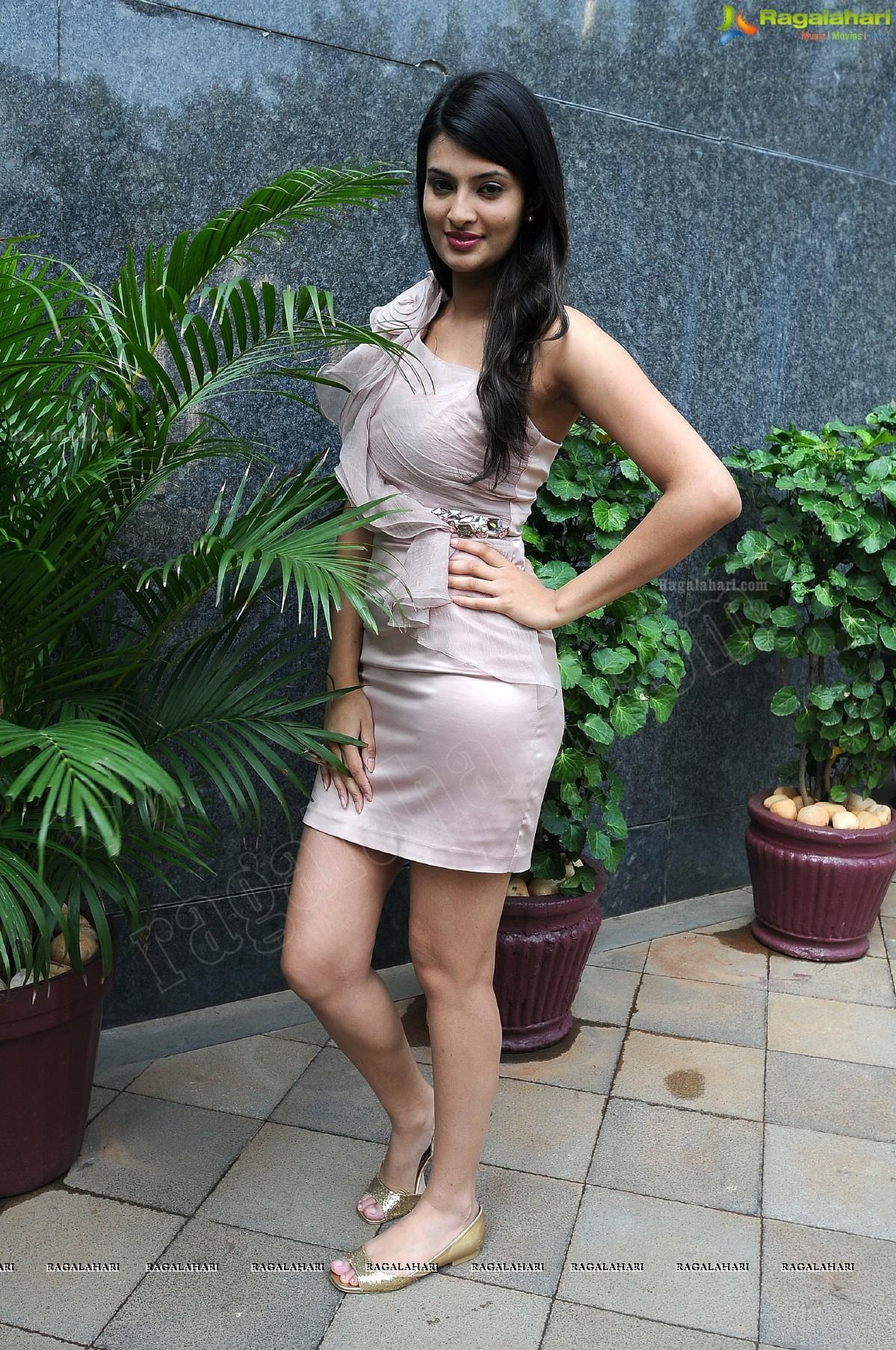 Sayali Bhagat Sayali Bhagat new pictures