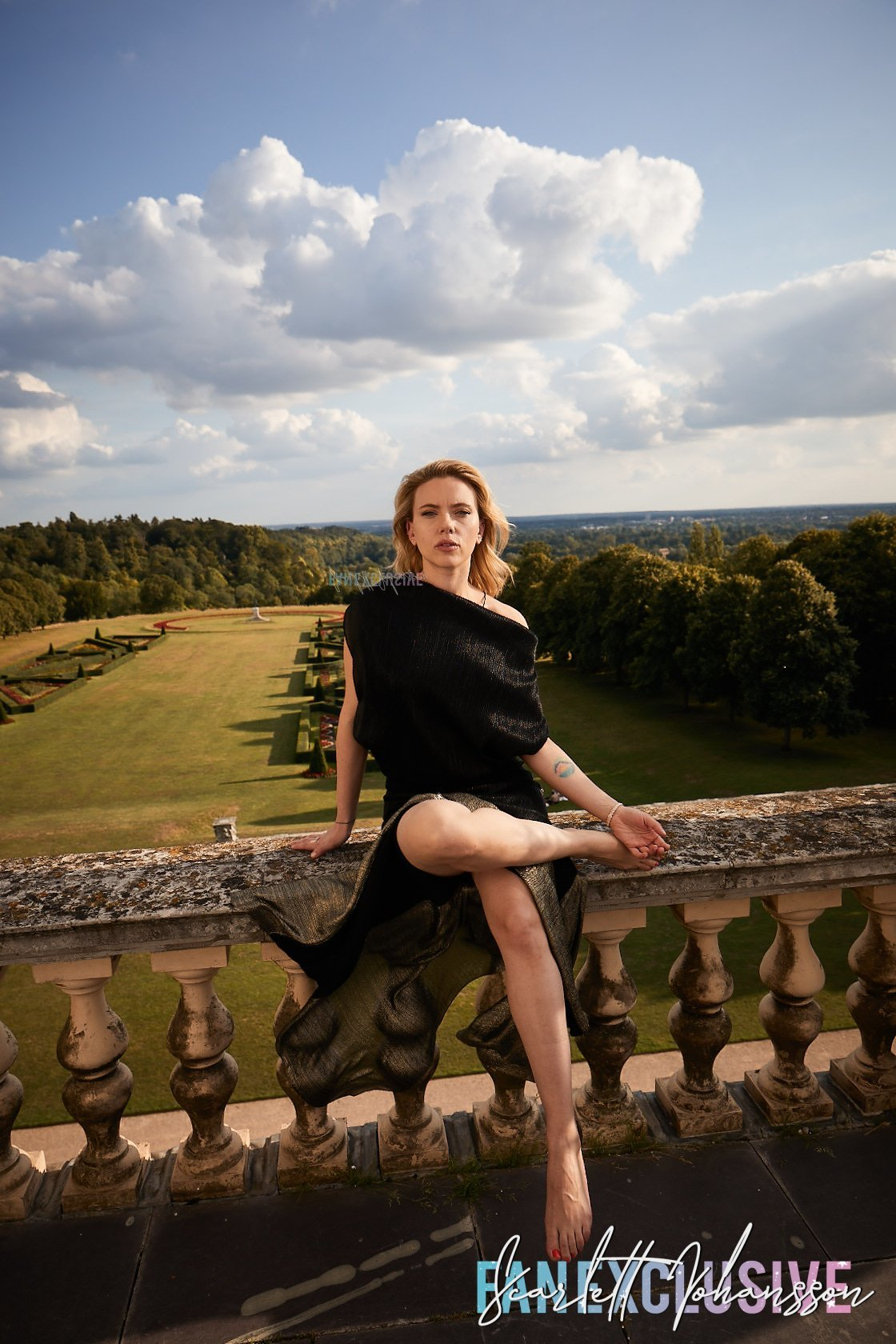 Johansson wikifeet scarlett Goddess :