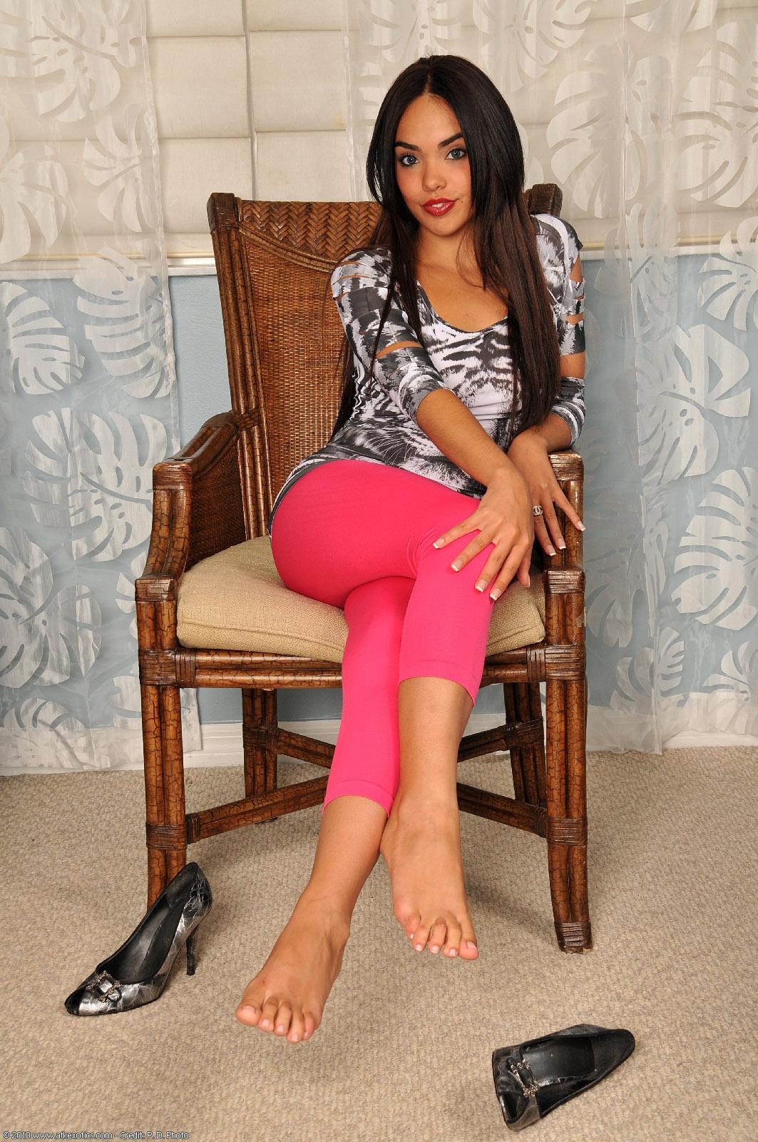 Selena Rose Feet