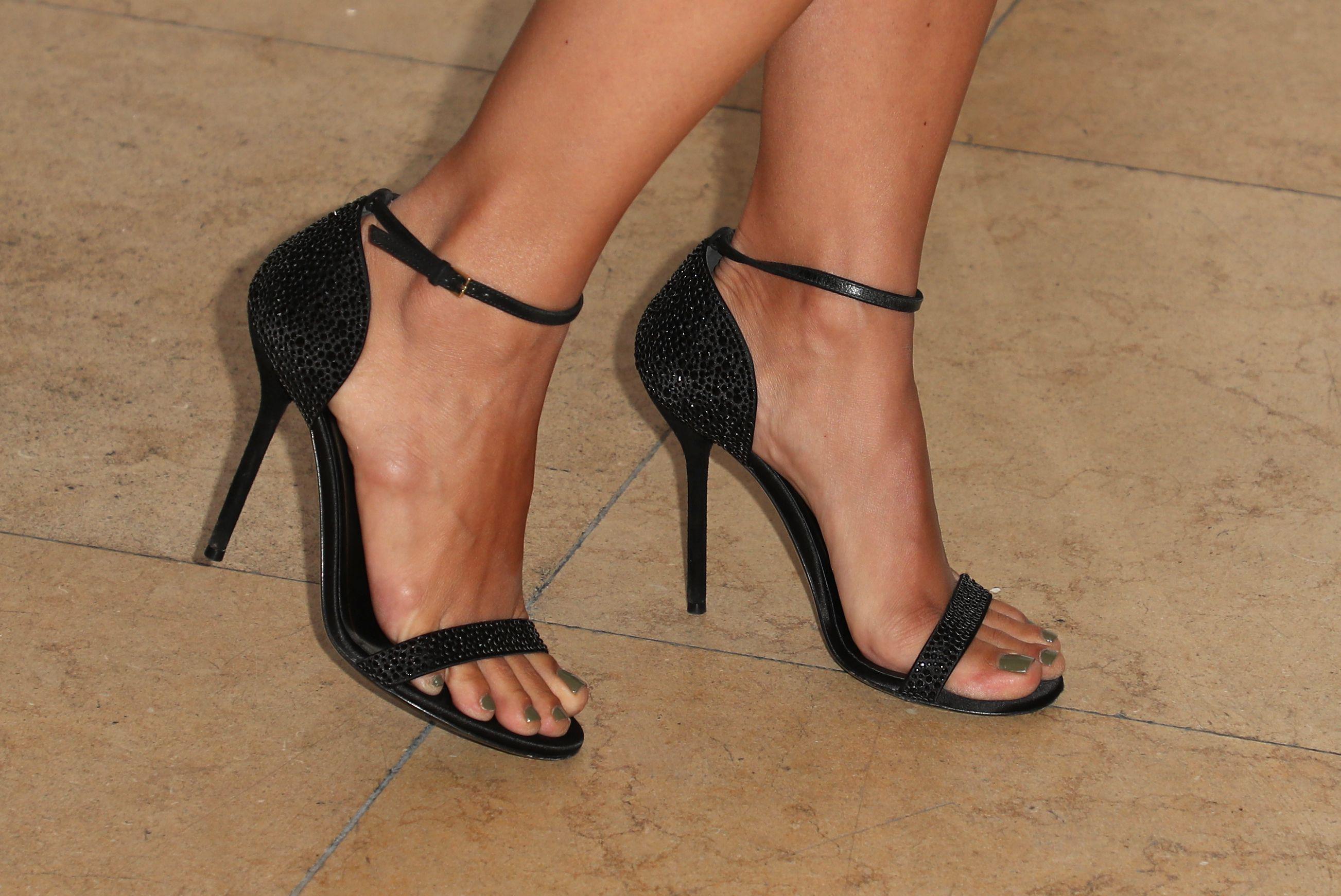 Selma Blair's Feet
