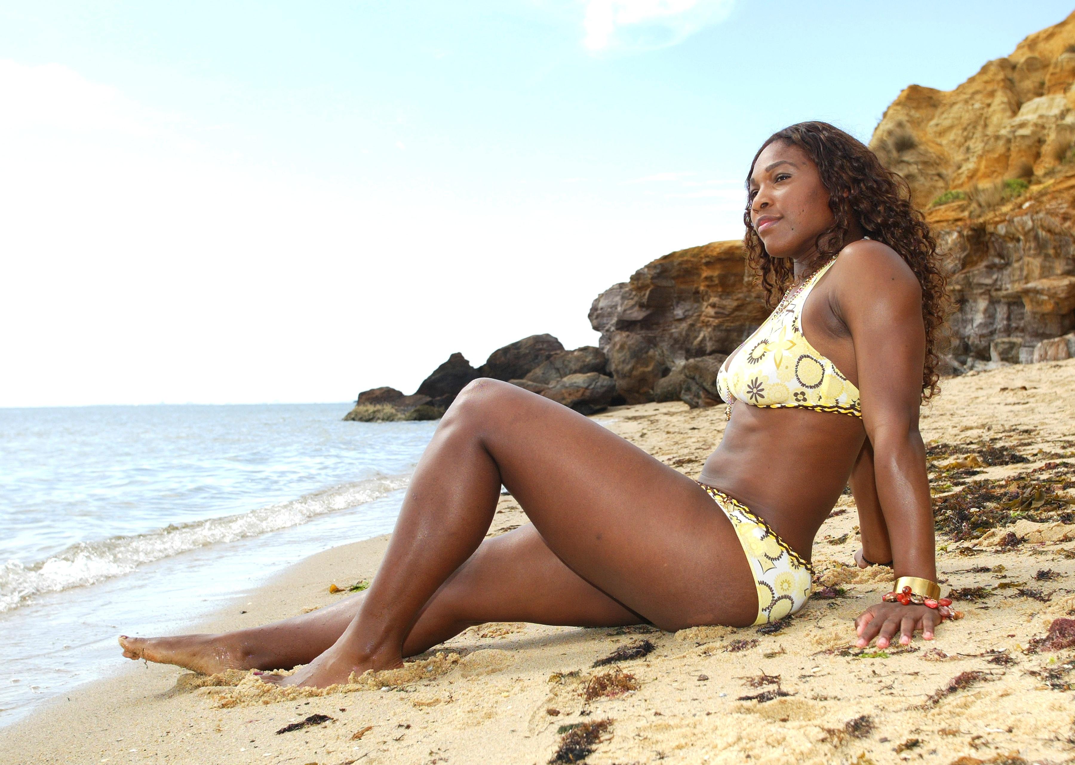 Hot ebony females Serena Ali   103281