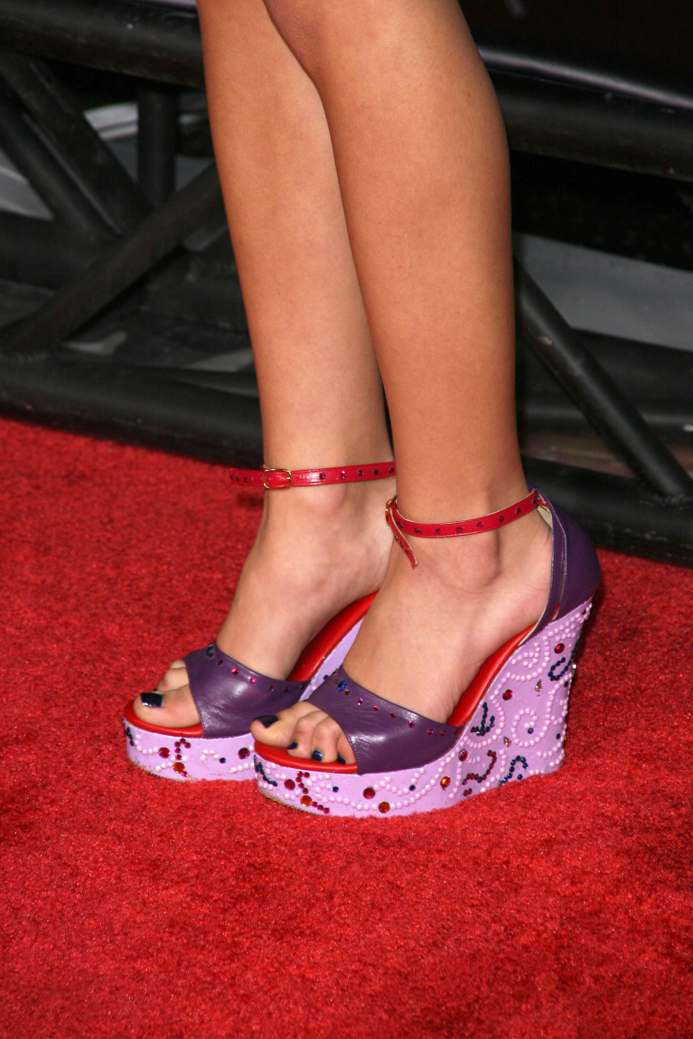 seychelle gabriel feet