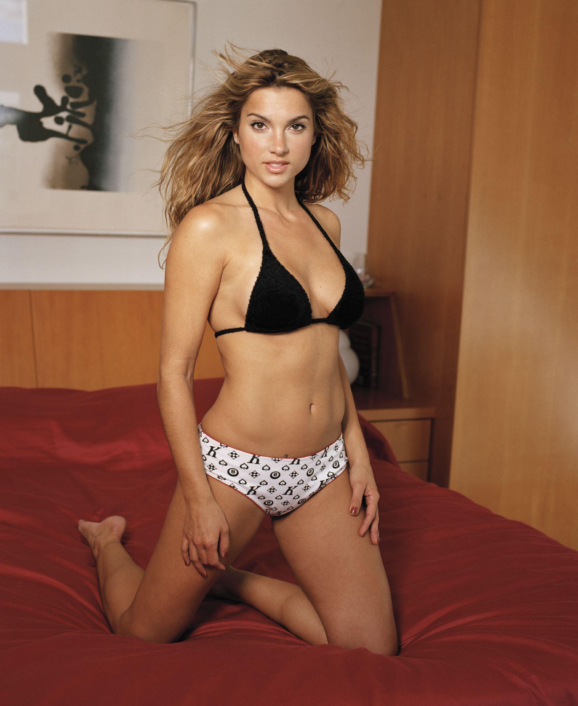 Shana Hiatt Nude Photos 58