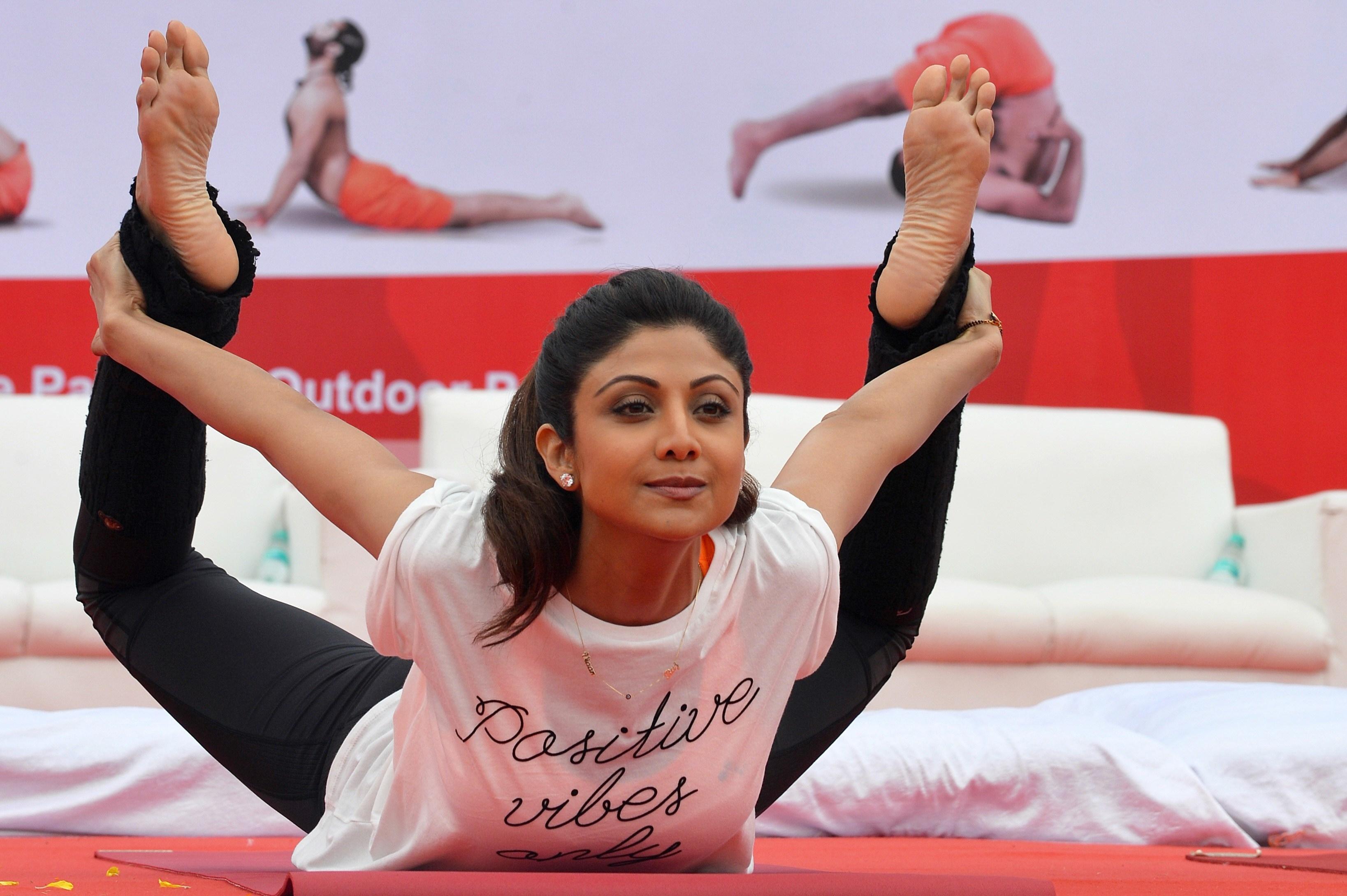 Shilpa Shettys Feet-7640