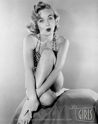 Shirley Bonne Nude