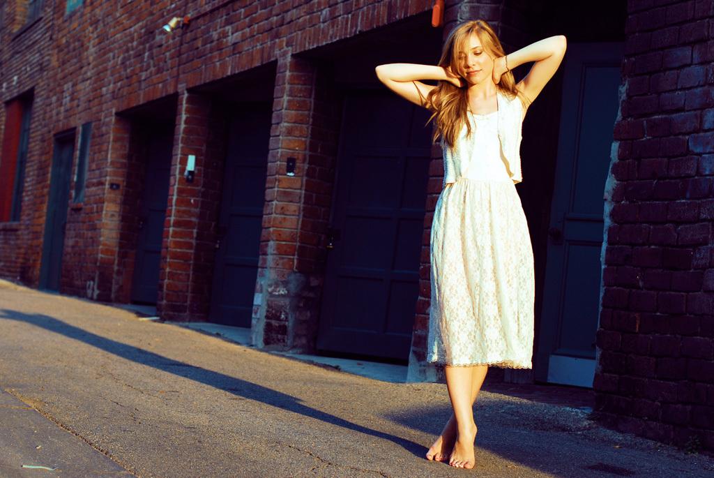 https://pics.wikifeet.com/Skyler-Day-Feet-1138630.jpg
