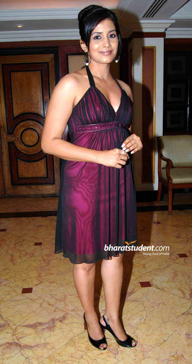 Sonali Kulkarni's Feet