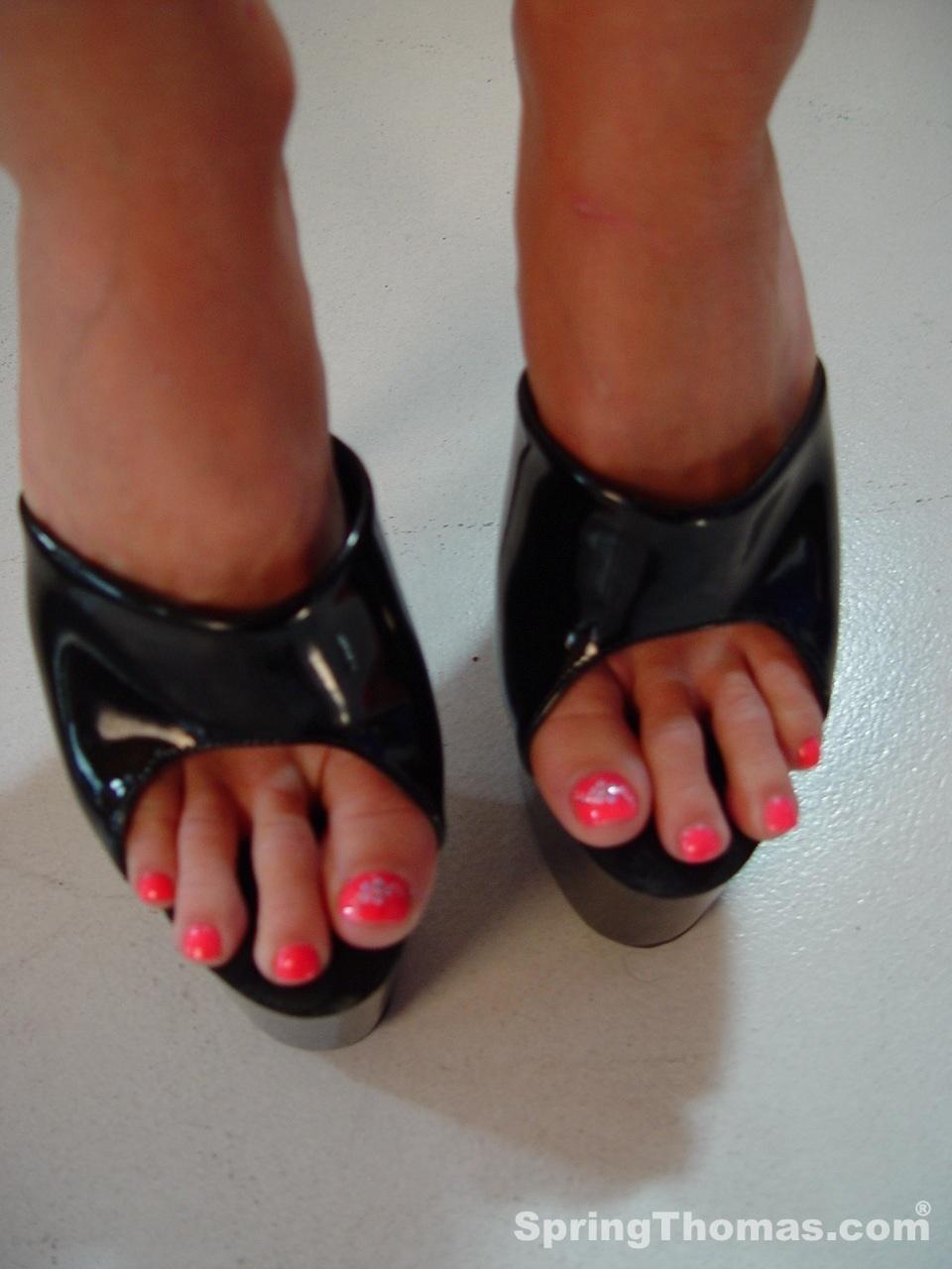 Spring thomas feet