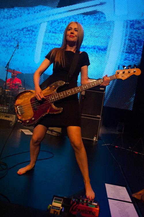 https://pics.wikifeet.com/Stephanie-Ashworth-Feet-2103783.jpg