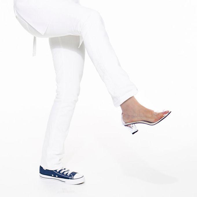Stephanie courtney feet