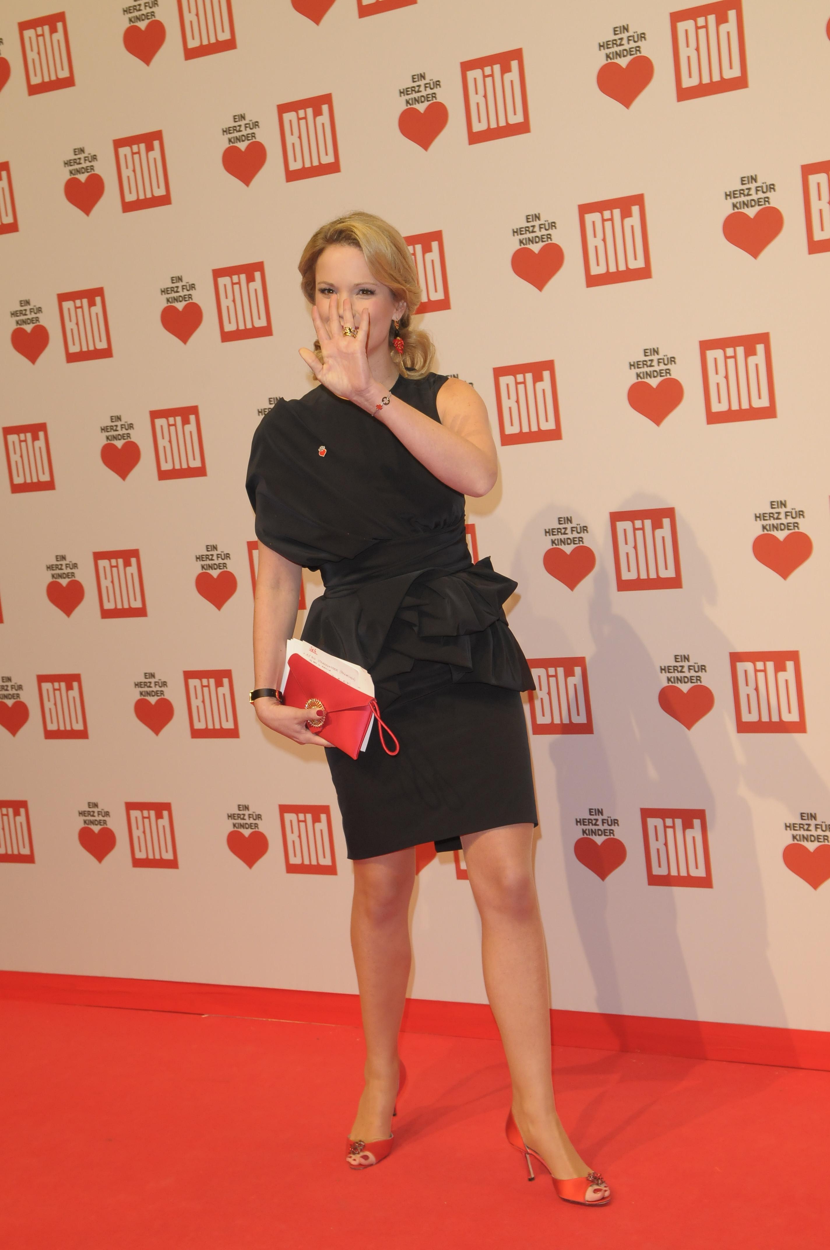 Imdb Gwen Stefani >> Stephanie zu Guttenberg's Feet