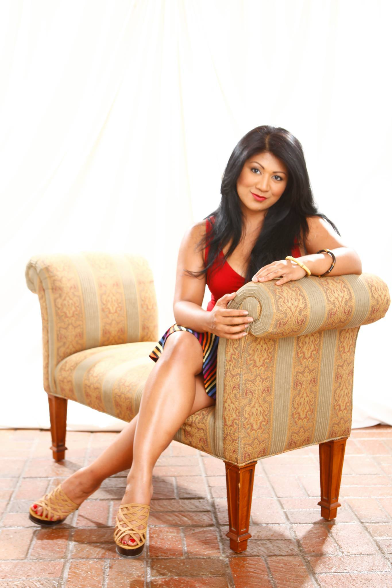 Sue-Lynn Ansari Nude Photos 21