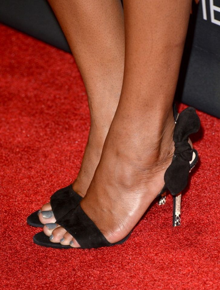 Sufe Bradshaw's Feet Claire Danes Imdb