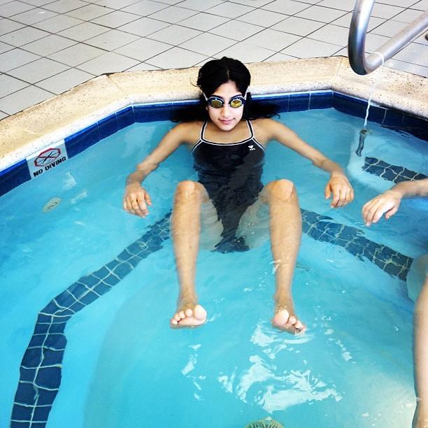 Cleavage Feet Sunita Mani  nude (92 photos), YouTube, legs