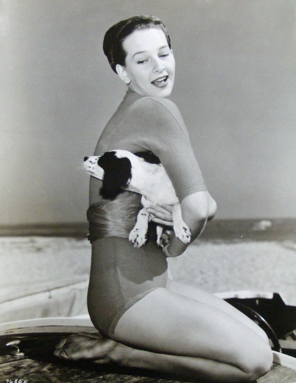 Gwen Welles,Rupert Graves (born 1963) Erotic picture Jwaundace Candece,Rosina Fernhoff