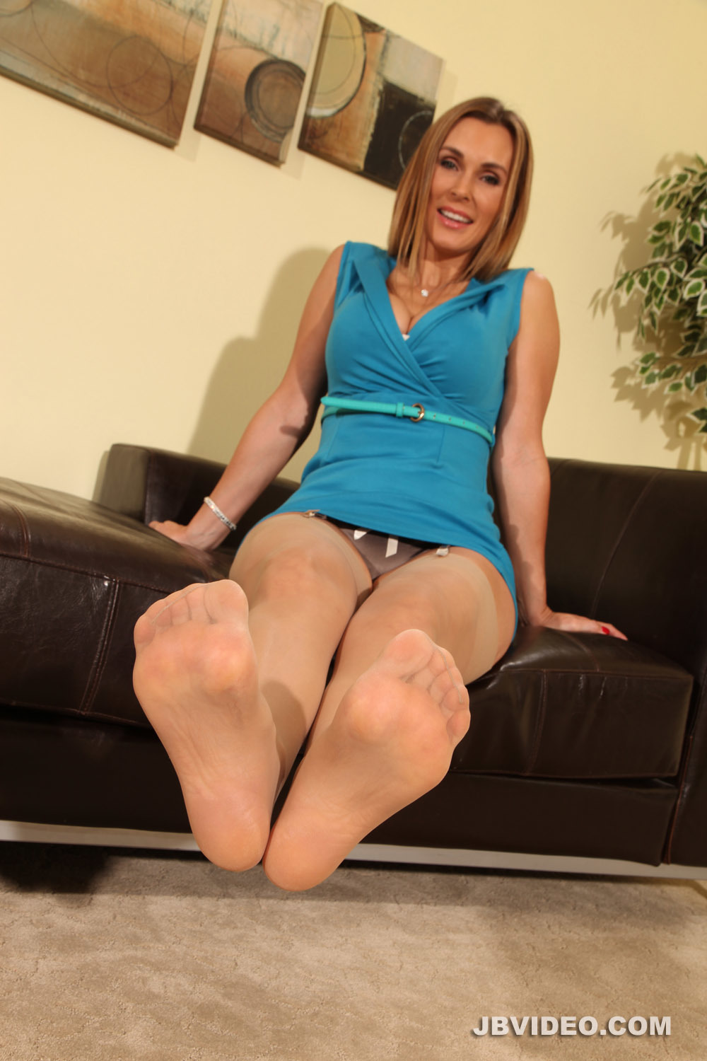 Leather foot fetish-1560
