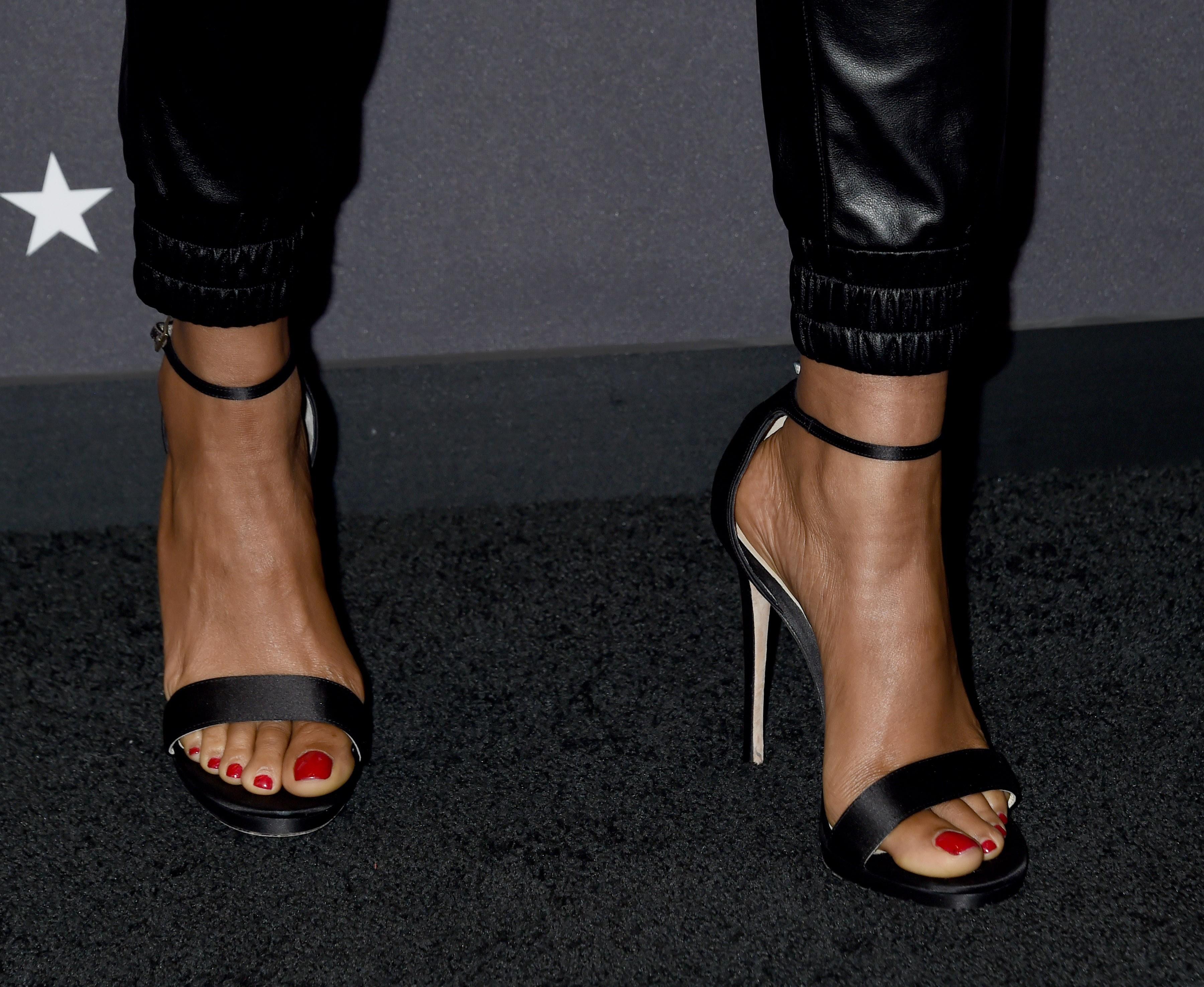 Ebony feet reddit