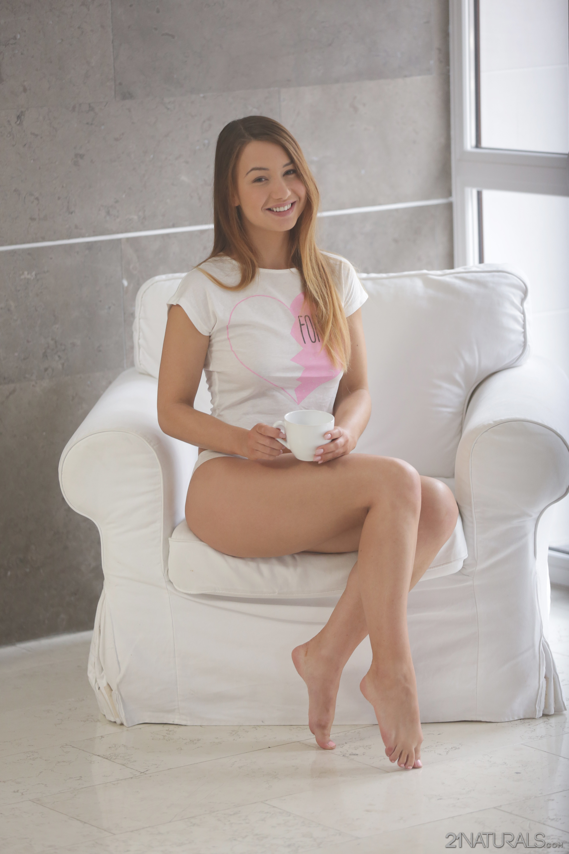 Looking Horny babes online enjoy masturbating lot. Teasing