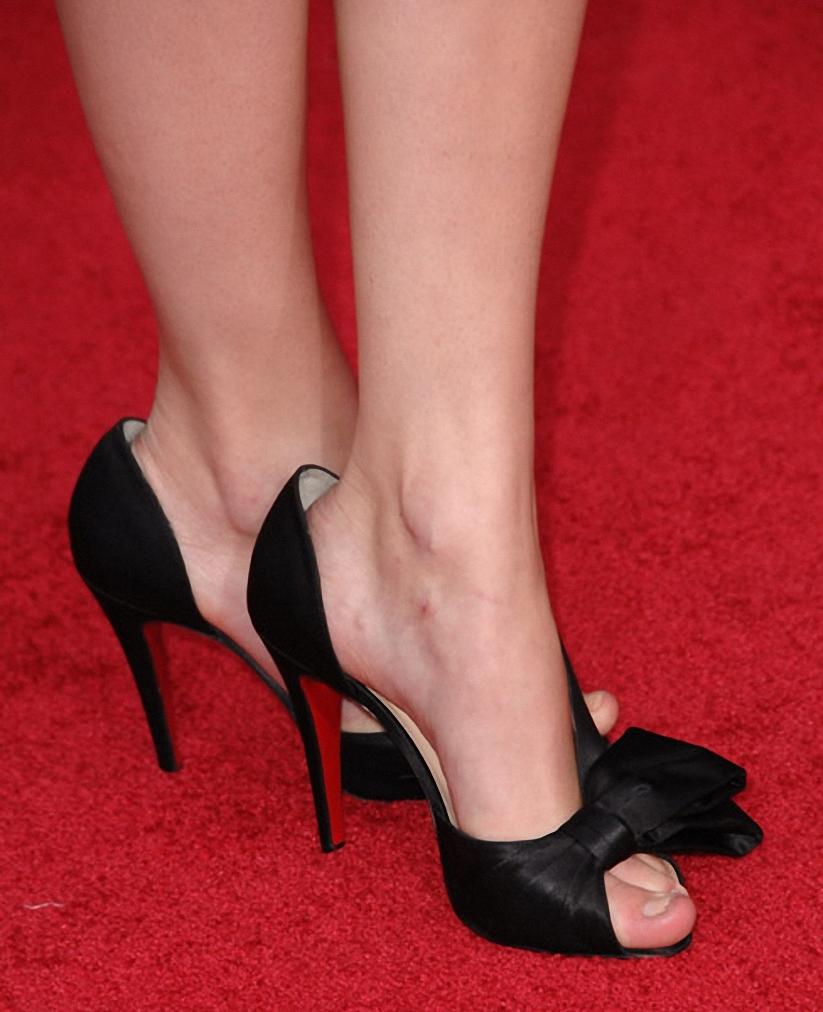 Taylor SwiftTaylor Swift Foot