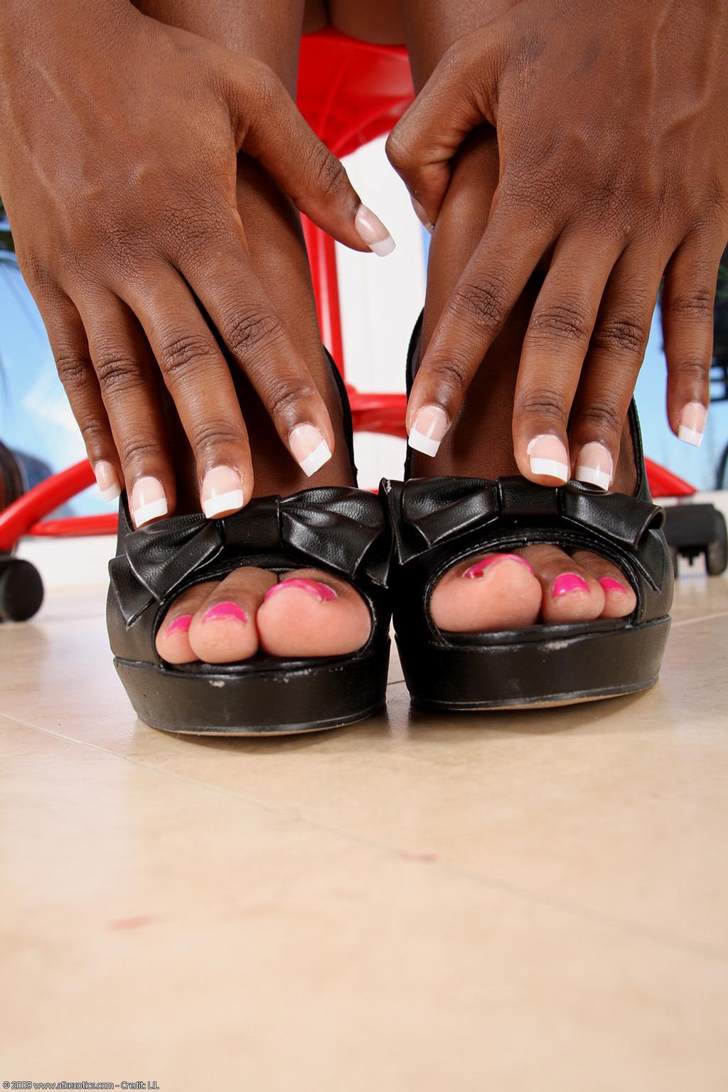 Sophia Fiore Shoe Size
