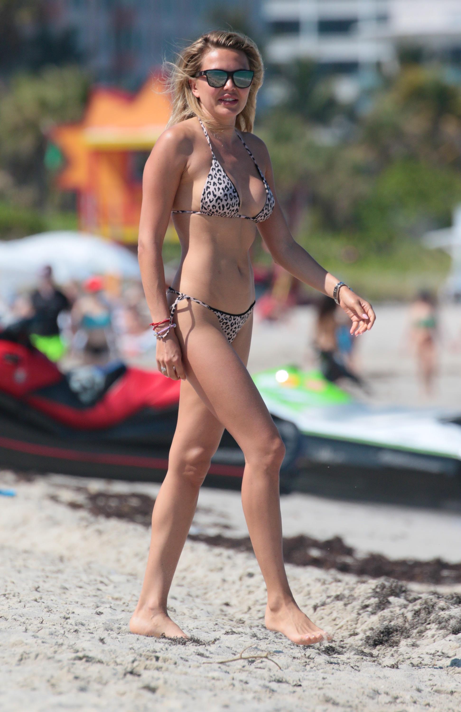 Tetyana veryovkina feet nudes (76 pictures)