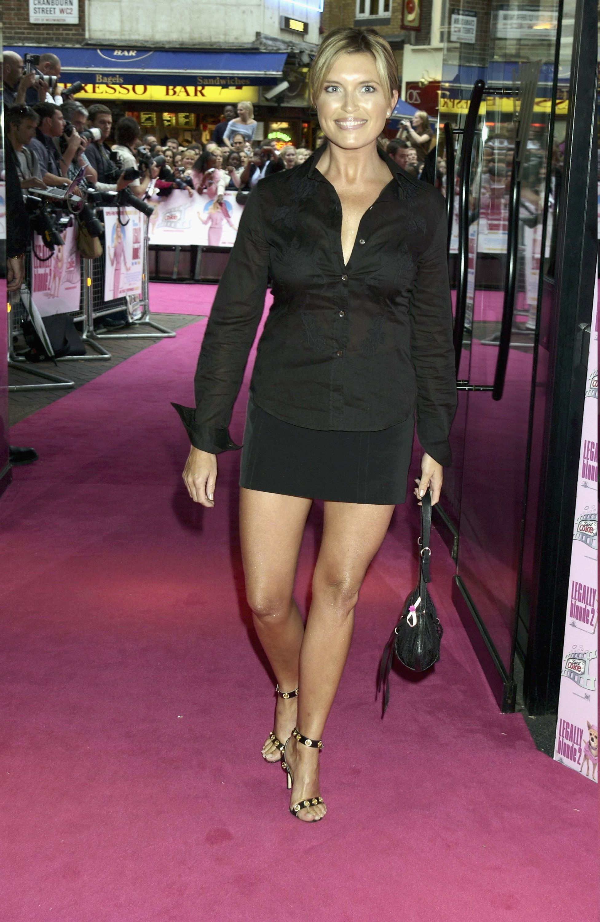 pictures Tina Hobley (born 1971)