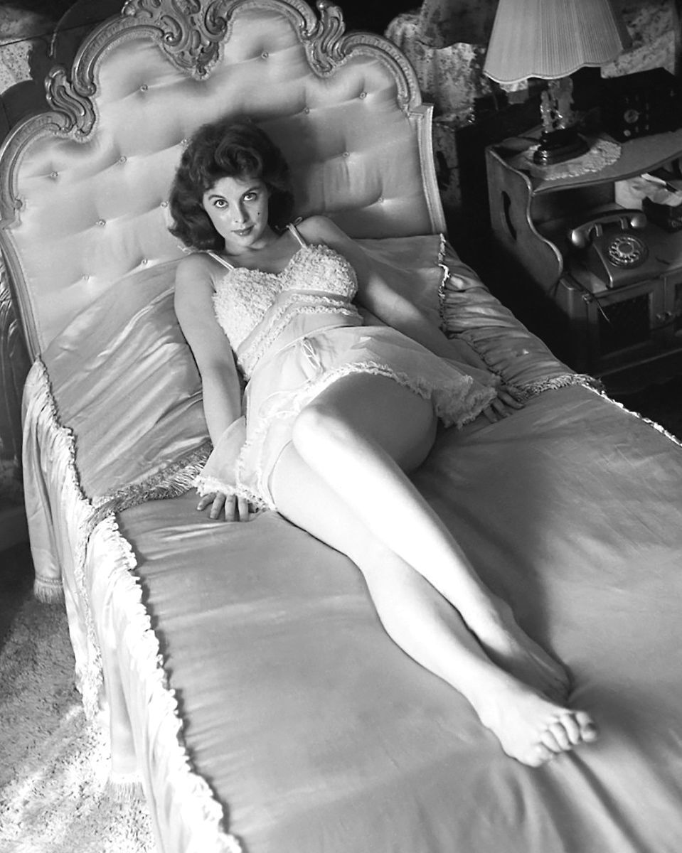 Feet tina louise