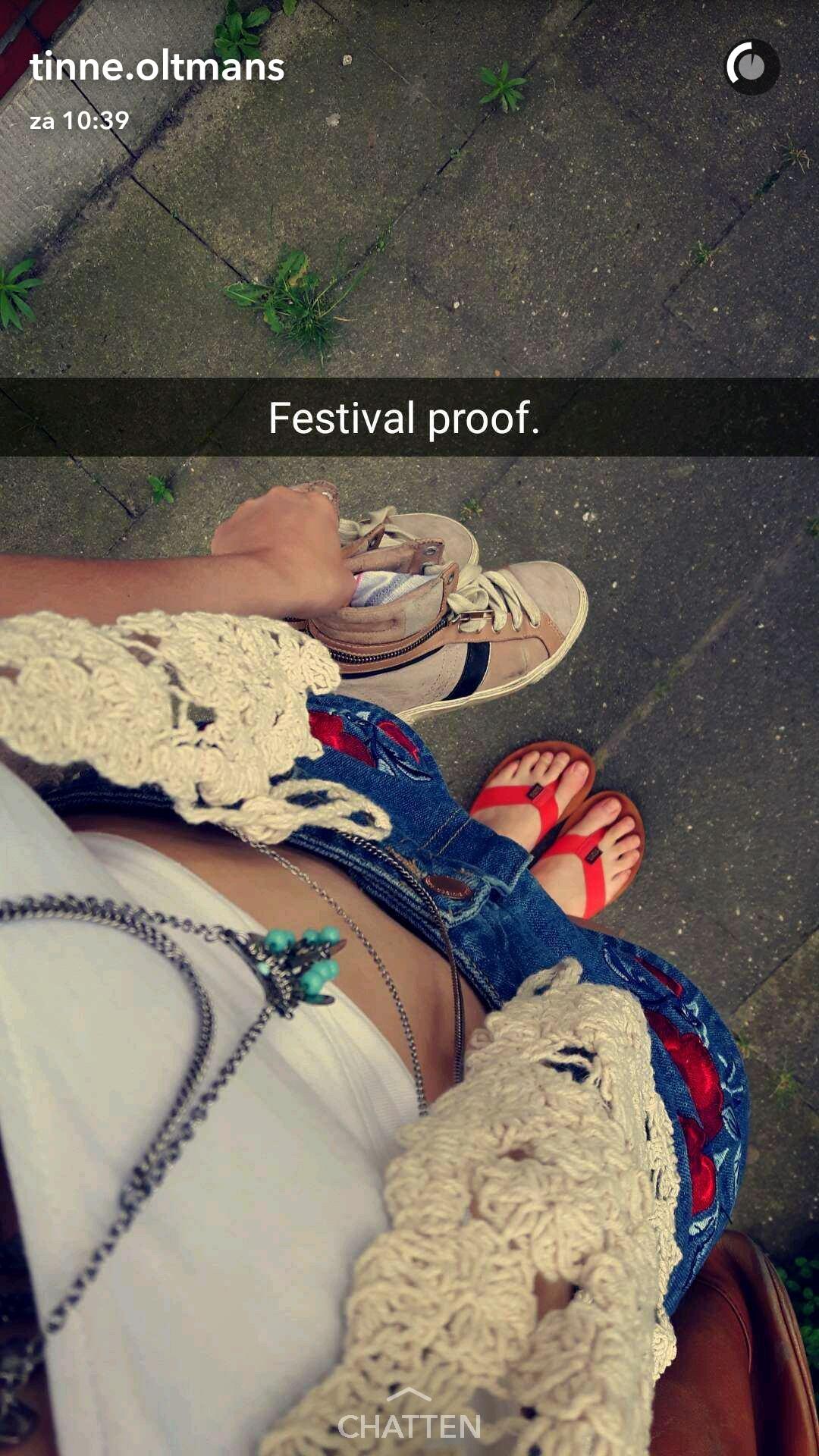 Tinne Oltmans's Feet
