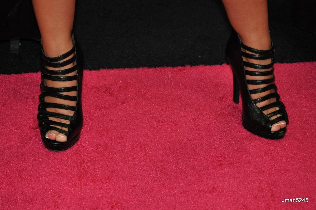 DSC_0398 - Trina Michaels feet   A closeup of Trina