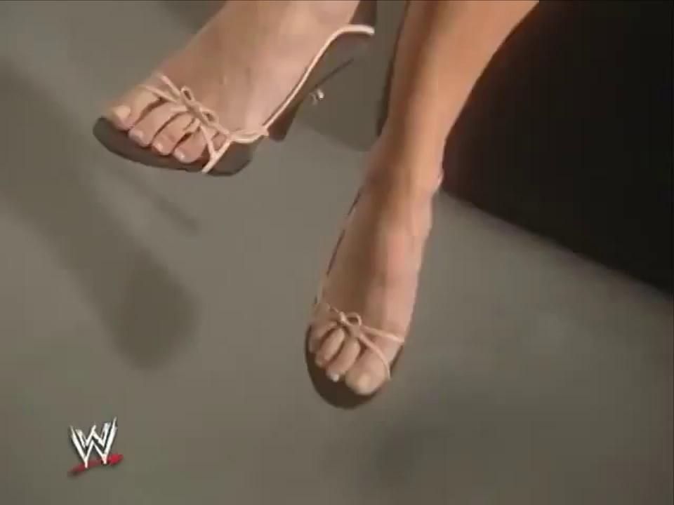 trish stratus feet pics