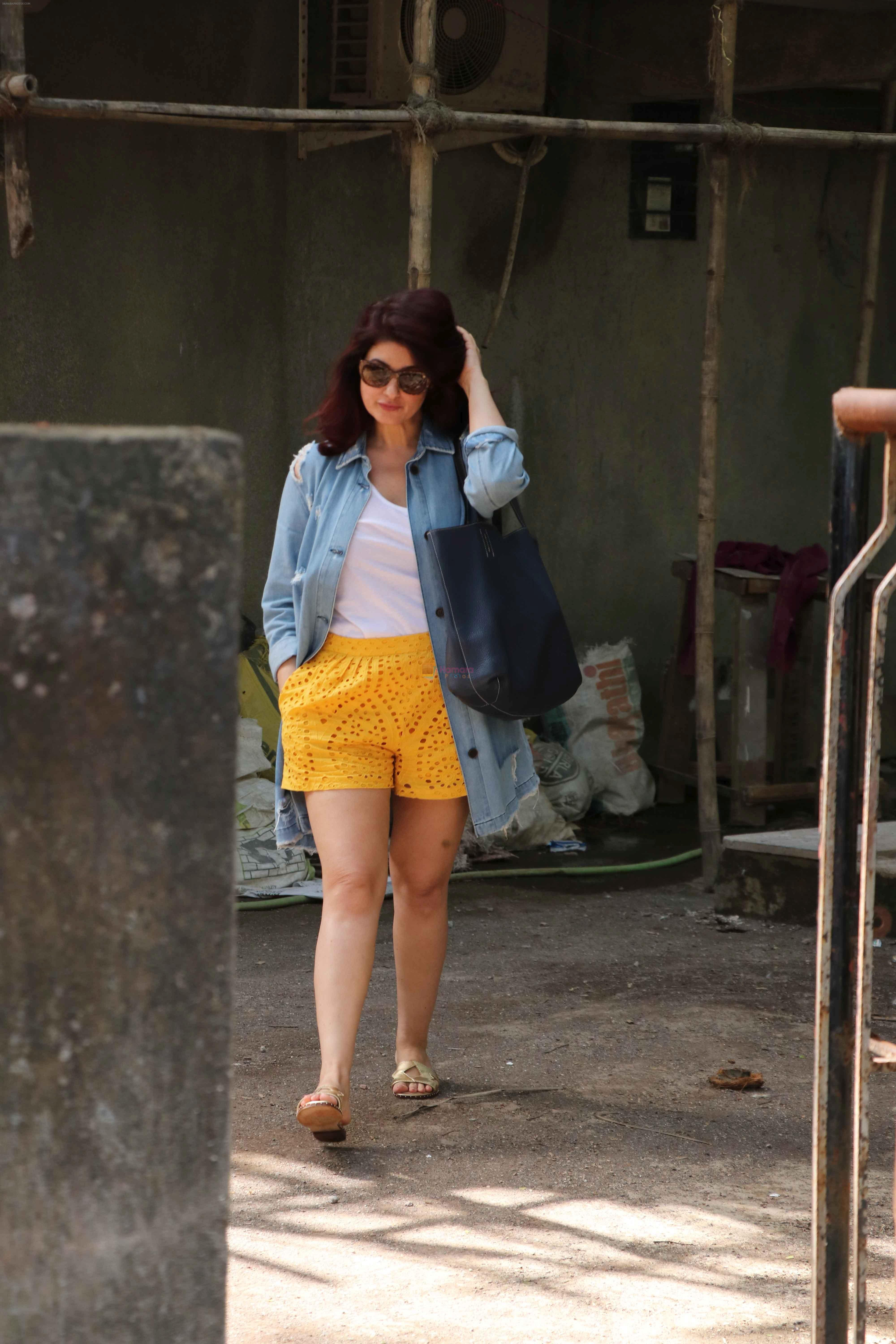 Legs Twinkle Khanna naked (57 pictures) Leaked, Facebook, see through